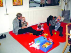 Mange samspilsrelationer mellem mor og barn blev foræret ved at børnene var med.